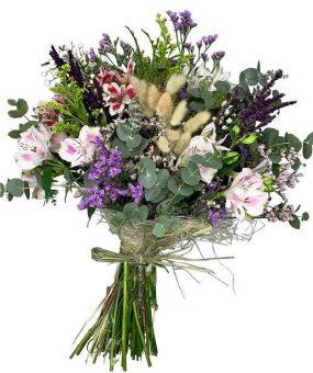 Ramo de flores silvestre rustico